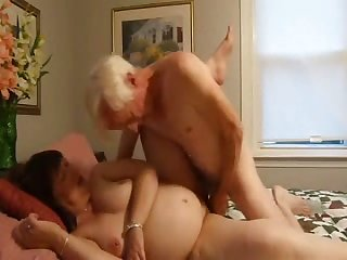That's how senior people pull off it and this old fucker windless loves to fuck