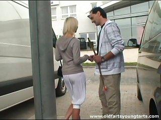 Snug gut Zdenka a fucked in outdoors by a lucky stranger