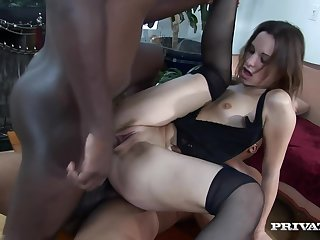 This bitch loves a double penetration!