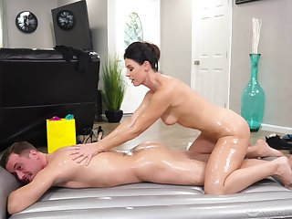 Nuru massage from marvelous MILF India Summer is never a letdown
